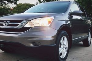 LOOCKS LIKE NEW HONDA CRV PERFECT CONDITION for Sale in Macon, GA