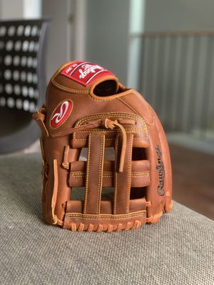 Rawlings Nolan Arenado Heart Of The Hide 12 baseball glove for Sale in Schaumburg, IL