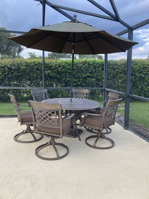 Outdoor dining set for Sale in Boca Raton, FL