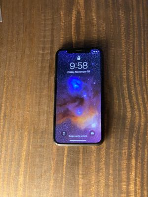 iPhone X - 64GB - Unlocked. Like new. Cases included for Sale in Winter Park, FL