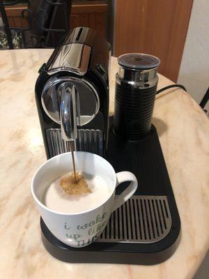 Nespresso Ciriz Machine - Like New for Sale in Medley, FL