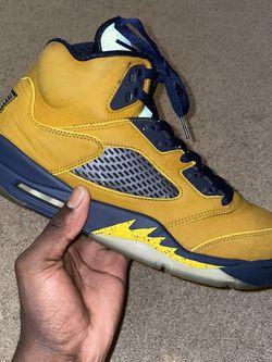 Jordan 5 Michigan Size 12 for Sale in Raleigh,  NC
