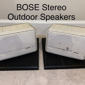 BOSE 151 Environmental Stereo Speakers - Indoor Outdoor - with wall mounts and wire for Sale in San Diego, CA