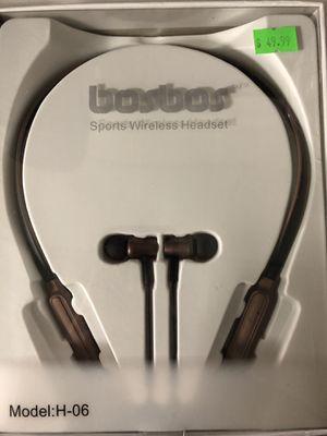 Bluetooth headphones for Sale in McKeesport, PA