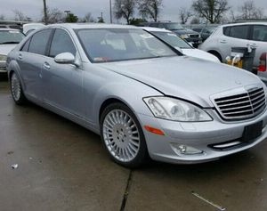 Parting out 2007 Mercedes S550 only parts for Sale in San Francisco, CA