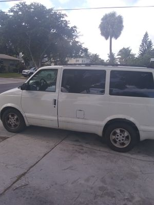 $900cash 2003 Chevy Astro van runs and goes seven passenger seating cargo van for Sale in West Palm Beach, FL
