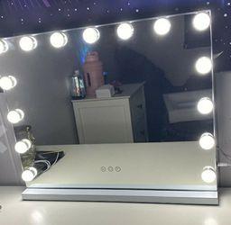 Hollywood Vanity Light Mirror $90 for Sale in Henderson,  NV