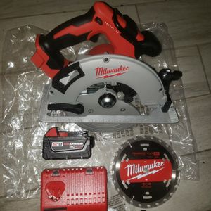 Milwaukee M18 Circular Saw 7 1/4 1 Battery 4.0 And Charger for Sale in Phoenix, AZ