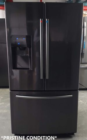 "SAMSUNG 24.6 cu ft / 36"" French Door Refrigerator *PRISTINE CONDITION* - Model: RF263BEAESG for Sale in Yonkers, NY"