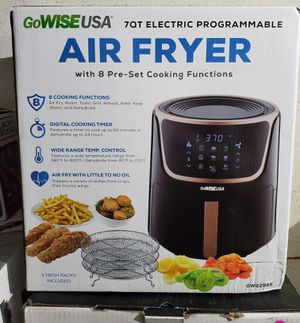 New 7 quarts electric programmable air fryer for Sale in Riverside, CA