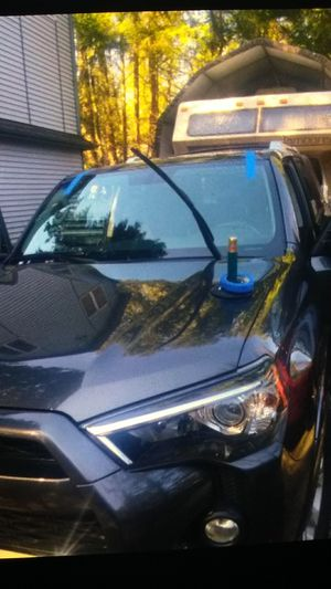 Front Windshield replacement for Sale in Seattle, WA