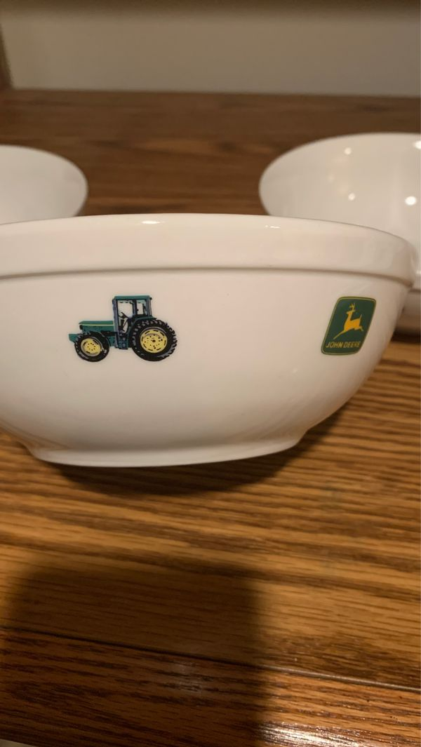 Johns Deere tractor cereal bowls