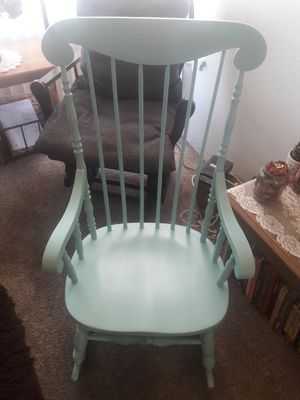Beautiful rocking chair for Sale in Anaheim, CA