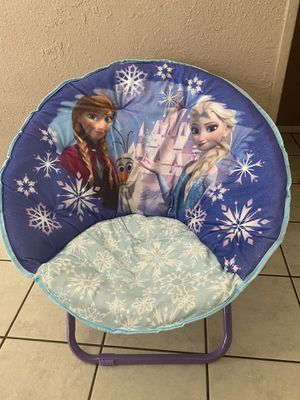 FROZEN COLLAPSIBLE CHAIRS FOR KIDS for Sale in Saginaw, TX