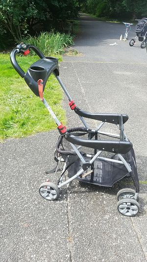 Snap-N-Go baby trend infant carseat stroller for Sale in Battle Ground, WA