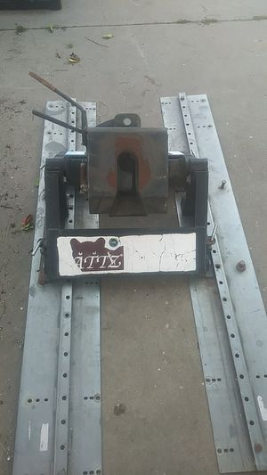5th wheel hitch for Sale in Guadalupe, CA