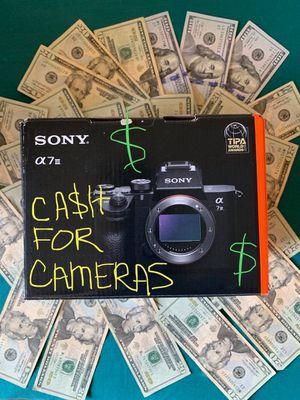 Nikkon DSLR Camera for Sale in Shelton, CT