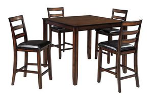 Dining set table & 4 stools for Sale in Hialeah, FL