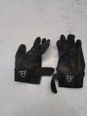 Baseball gloves for Sale in Casa Grande, AZ