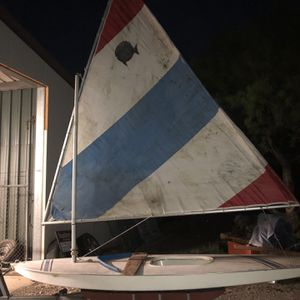 Sun Fish Sail Boat 1975 for Sale in Spicewood, TX