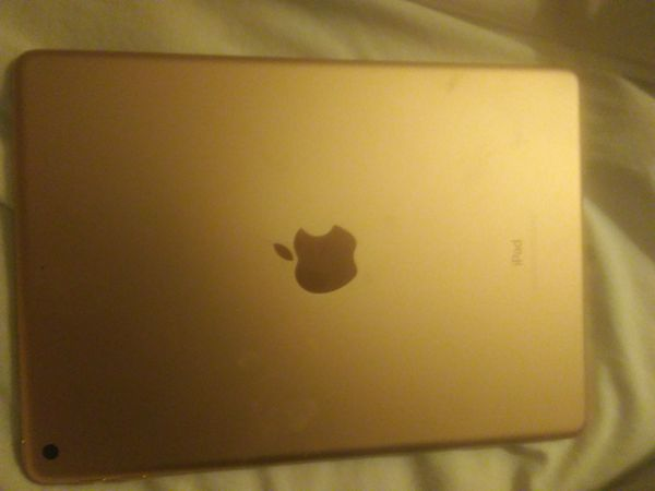 I pod 6 generation brand new in box got for Xmas retails at 457 sell for325
