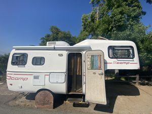 19' Scamp 5th Wheel trailer for Sale in Pico Rivera, CA