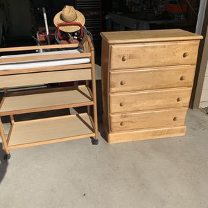 Changing Table And Dresser for Sale in Ontario, CA