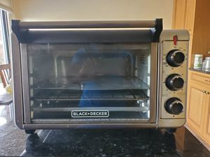 Black & Decker Toaster Oven for Sale in Canonsburg, PA