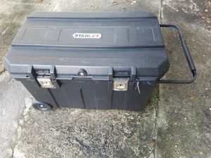 Stanley Mobile Tool box for Sale in Orlando, FL