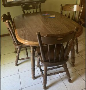 Solid oak kitchen table and 5 chairs for Sale in Murrysville, PA