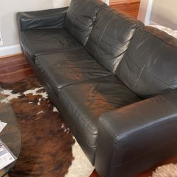 Black Leather Sofa for Sale in Silver Spring,  MD