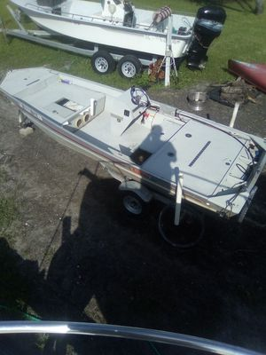 17ft aluminum Lowe's boat and trailer for Sale in NW PRT RCHY, FL