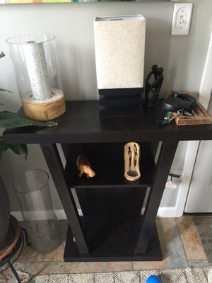 Entryway table for Sale in Peoria, IL