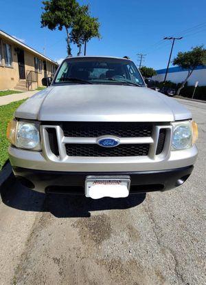2005 Ford Explorer sport trac for Sale in Montebello, CA