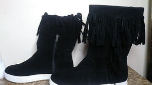 Dollhouse fringe boots, sz 7.5 for Sale in Charleroi, PA