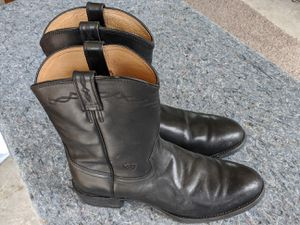 Ariat riding boots / cowboy boots for Sale in Bowie, MD