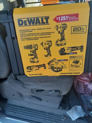Dewalt dckts600m2 combo kit 6 pcs. for Sale in Vallejo, CA