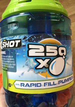 new Zuru X-SHOT RAPID BALLOON REFILL PUMPER Includes 250 Water Ballons For 6+ Ages(pick up only) for Sale in Alexandria, VA
