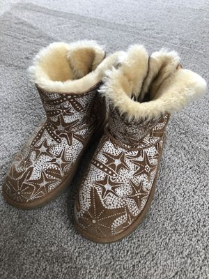 Starfish UGGS size 4 for Sale in Las Vegas, NV