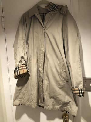 Burberry trench coat hooded large nova check for Sale in Miami Beach, FL