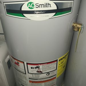 Propane Gas Water Heater for Sale in Houston, TX