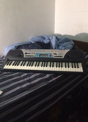 Yamaha Keyboard Piano for Sale in Tallahassee, FL