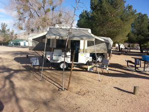 2010 Rockwood Freedom 1640LTD Camping Tent Trailer Popup for Sale in Victorville, CA