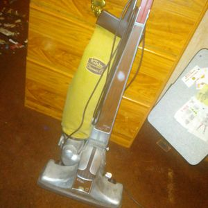 Kirby Vacuum for Sale in Peoria, IL