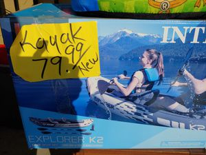 Two person kayak paddles and pump new in the box $79.99 last one great gift for Sale in Phoenix, AZ