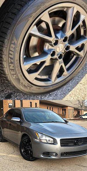 $1200 Nissan Maxima for Sale in Riverton, VA