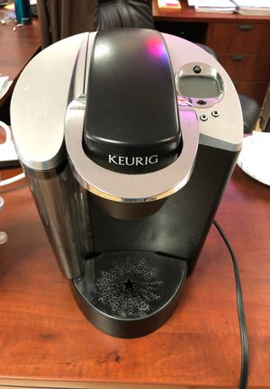 Keurig coffeemaker for Sale in Pompano Beach, FL