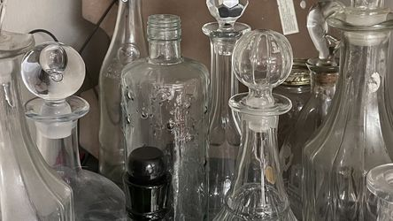 Decanters Different Styles And Size for Sale in Dublin,  OH
