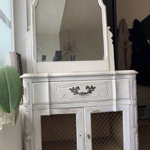 French Country Style Side Table And Antique Mirror for Sale in Lynnwood, WA