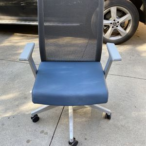 Haworth Very Task Office Chair Herman Miller Knoll Steelcase for Sale in Pasadena, CA
